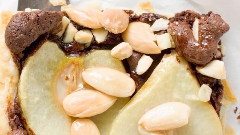 Birnen-Schoko-Kuchen mit Mandeln