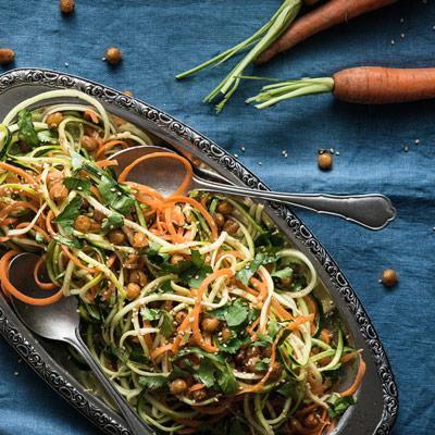 Möhren Zucchini Salat