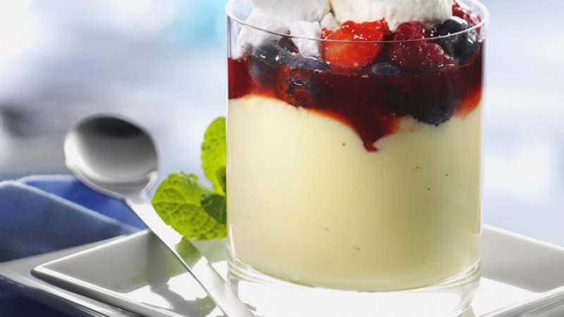 Beeren-Vanille-Creme