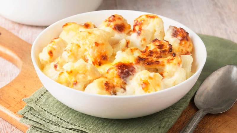 Blumenkohl mit Käse überbacken