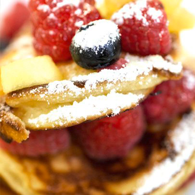 Pancakes-mit-Apfel-Birnenkompott