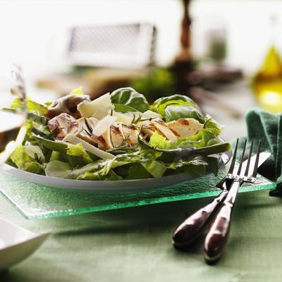 Romanasalat-mit-gruenen-Bohnen