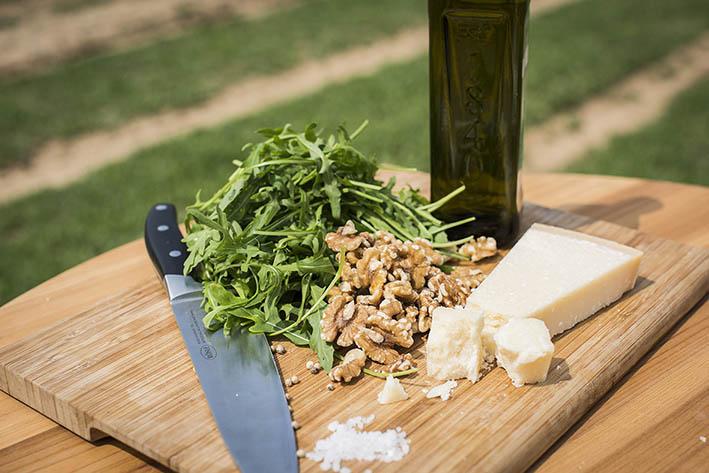 Zutaten Rucola Pesto: Rucola, Walnüsse, Parmesan