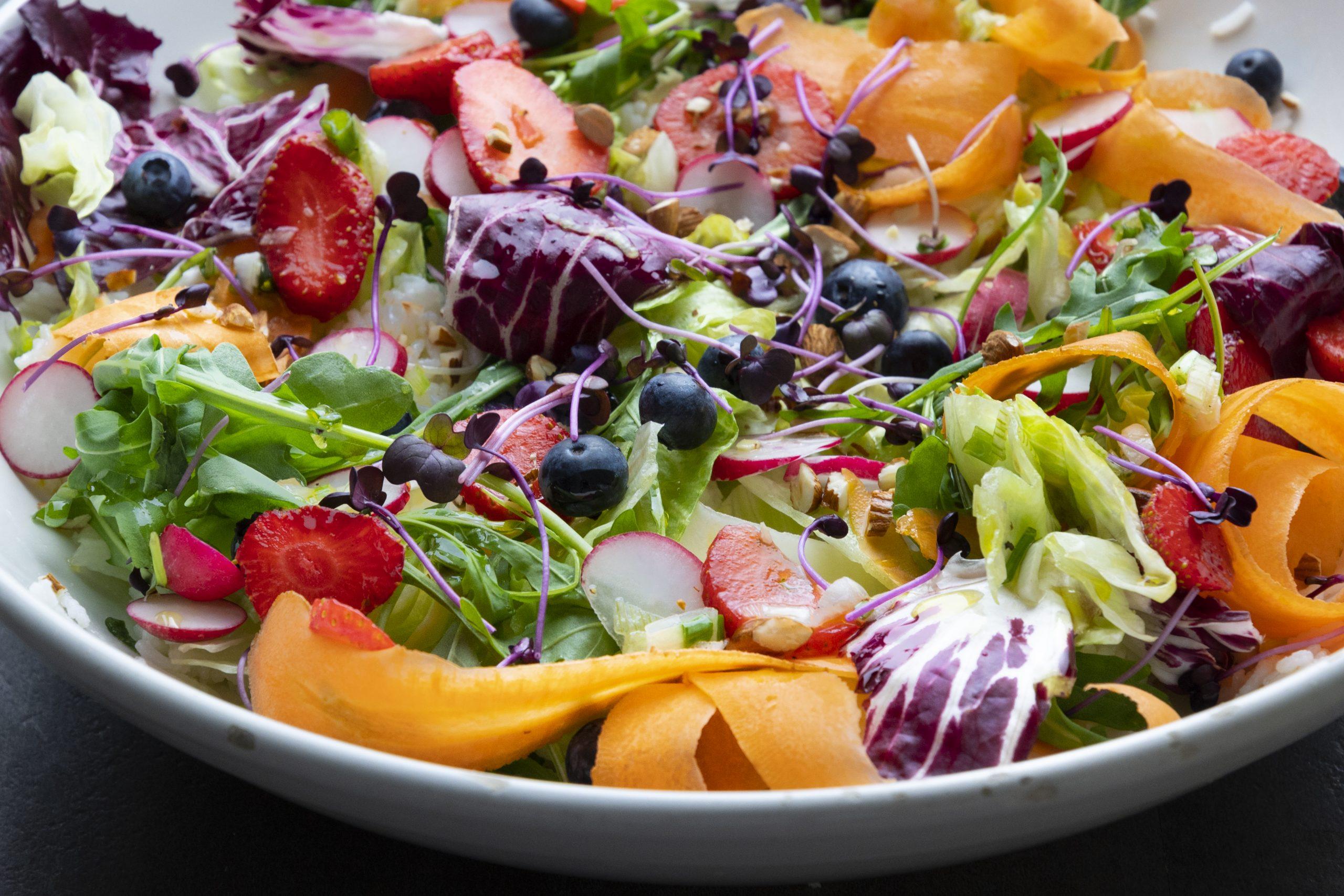Rohvolution Auf Dem Feld Der Salat Ist So Weit Er Will In Die Schussel