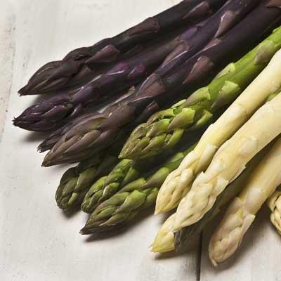 Spargel: Violett, grün und weiß